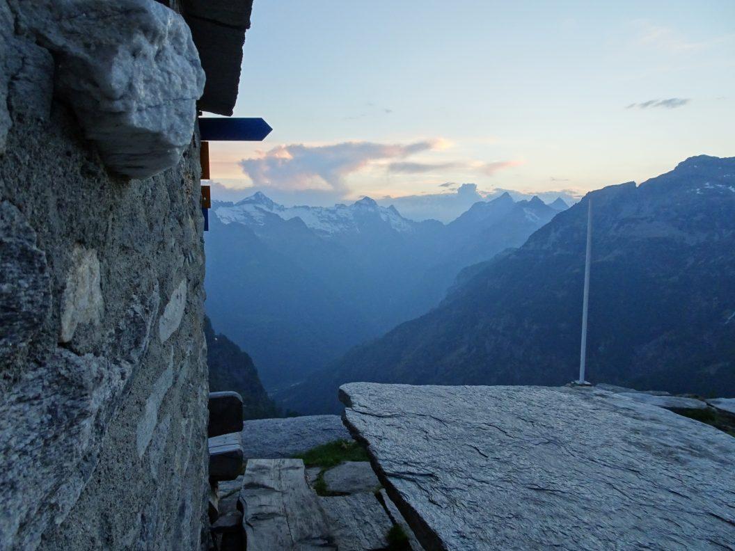 031 – Mein Abenteuer Alpenüberquerung – Hoch hinaus über den Kamm nach Biasca