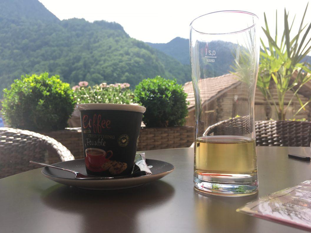 048 – Mein Abenteuer Alpenüberquerung – Erwacht im Waldspitz, dann eine Überraschungseinladung und eine lange und wunderschöne Wanderung der Lütschine entlang bis Wilderswil