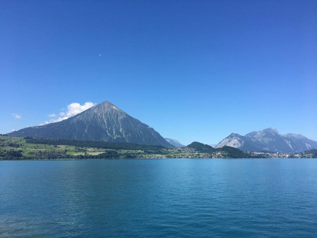 050 – Mein Abenteuer Alpenüberquerung – Über Spiez (oh, viel zu viele Menschen) weiter nach Wimmis und der Simme und der Kander entlang nach Zwieselberg