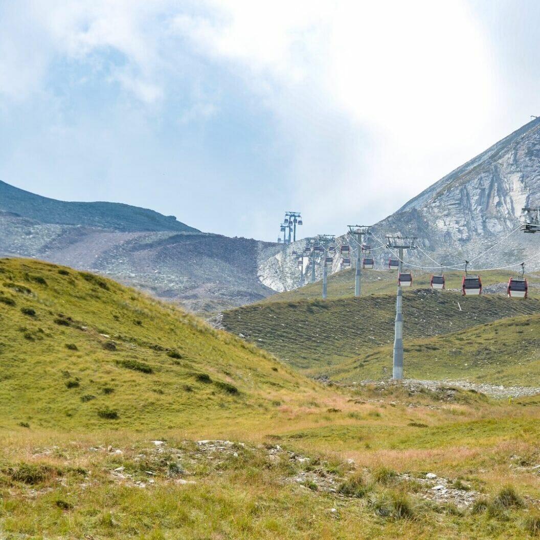 grosse reise 🏍 tag 358 gudauri ist eine skiregion hier in georgien. wenn man dem marketing sprech